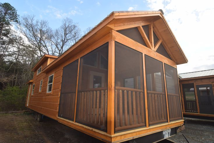 Brand New never been lived in – Green River Park Model Log Cabin. 400 Sq feet with attached screened in porch. Queen Platform bed in master plus a large sleeping loft with 2 dormer windows, stackable washer/dryer in unit. All stainless steel appliances. An extra area for office or bunk beds. In General here are…