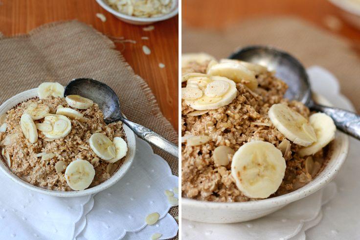 Die köstlichen Chai Ovenight Oats mit Mandeln und Zimt sind das perfekte Frühstück für Chai Latte-Fans und Gewürzliebhaber.