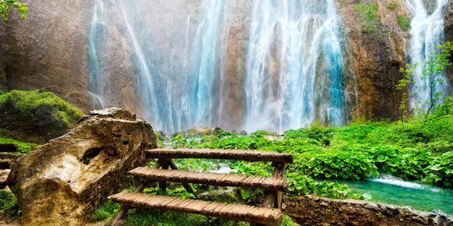 صور خلفيات طبيعية ومناظر خلابة Waterfall Landscape Waterfall Scenery Hd Nature Wallpapers