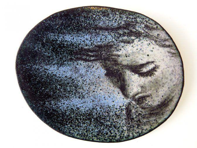 """Fátima Tocornal - broche """"Pequeños III"""" -  esmalte y cobre - 45x50 mm"""