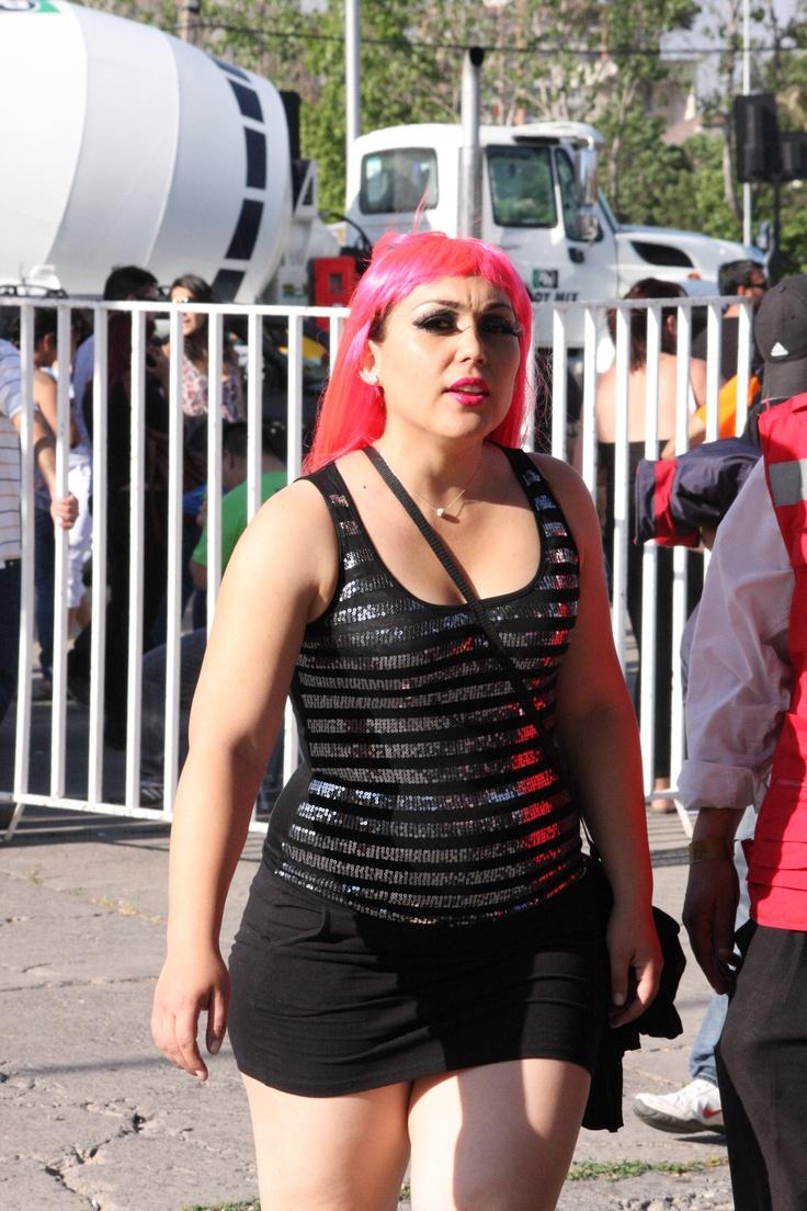 Peluca Gaga fucsia