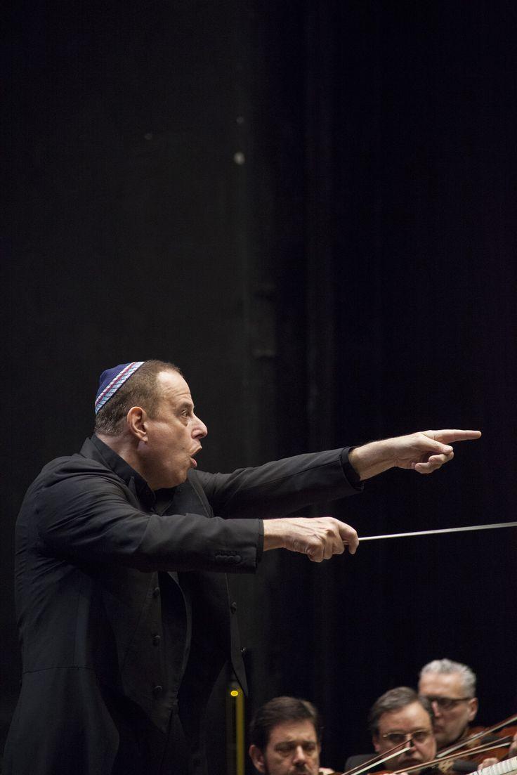 14 febbraio 2015. Concerto diretto da Daniel Oren con il pianista Giuseppe Albanese. © Pietro Paolini / Terraproject / contrasto