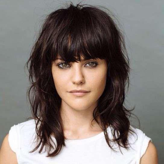 Corte de pelo shag: Fotos de la nueva tendencia - Corte de pelo shag: Con flequillo