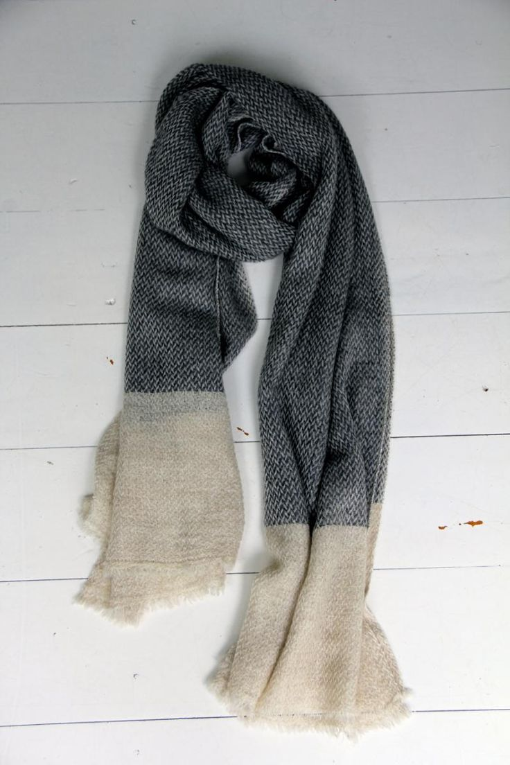 Cashmere Scarf - Charc/Cream | humidity DESIGN