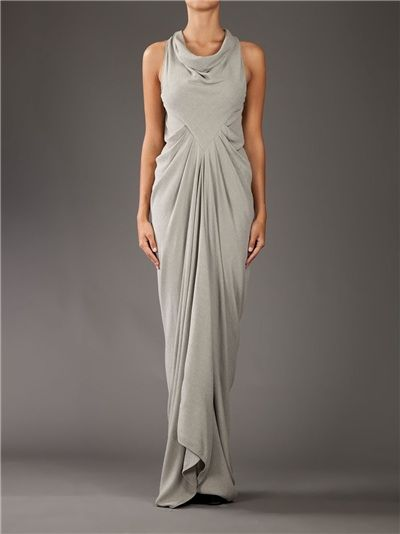 This would be a beautiful, simple underdress for an Urizen costume. :D Look at the draping! Look at it!