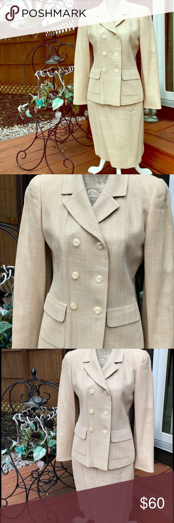 VTG LOUIS FERAUD SKIRT SUIT BEIGE SIZE 6 VINTAGE LOUIS FERAUD LIGHT BEIGE WITH SMALL LINES OF WHITE ON JACKET/BLAZER WITH MATCHING LINED SKIRT SIZE 6.  EXCELLENT CONDITION, THE WHITE TAG ON INSIDE IS WORN AND HAS A TEAR (SHOWN IN PICTURE) I LOOKED OVER THE BEST I COULD FOR STAINS AND DID NOT SEE ANY. LOUIS FERAUD Other