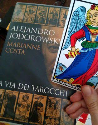 Una Tormentata Storia d'Amore: Perché ho iniziato a Leggere i Tarocchi (e la lezione che ho imparato)