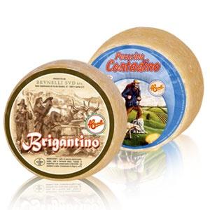 Brigantino e Pecorino Contadino: mordi il gusto della tradizione. http://www.brunelli.it/linea-caciottoni