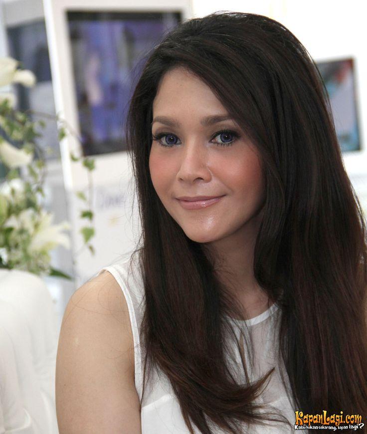 Indonesia Celebrity. Maia Estianty.