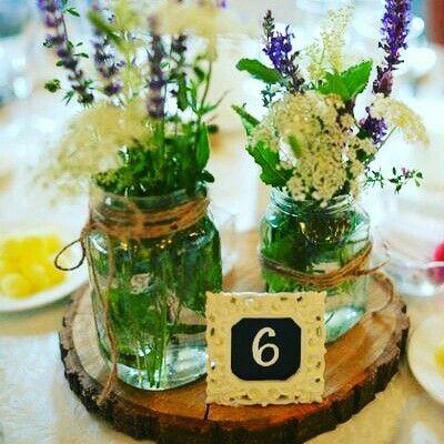 Florile de pe câmpii, la nunta voastră vor înflori. #nunta #flori #aranjamente