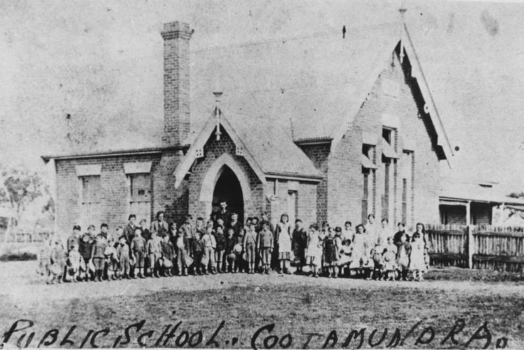 Coota Publc School. My Great Grandfather was Headmaster there in the very early days. Thomas William Henry.