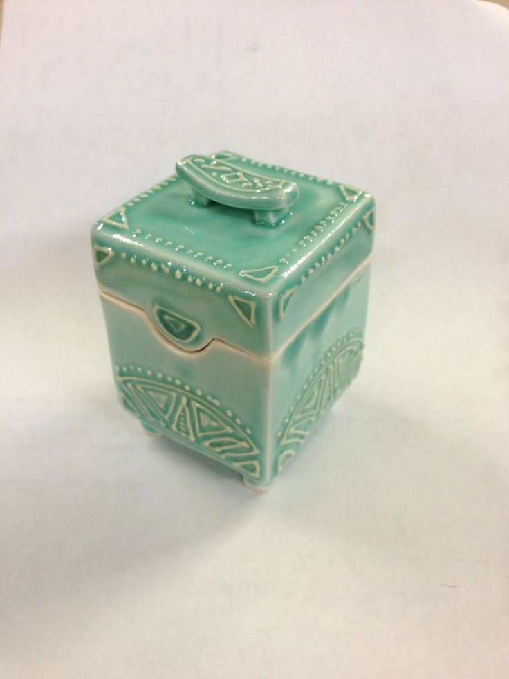 AshenWren Ceramics - Slip Trailed Box | Boxes (usually