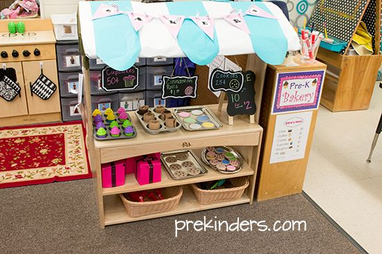 Bakery Dramatic Play Center for Preschool. Great ideas to create a bakery theme in your pretend play center!
