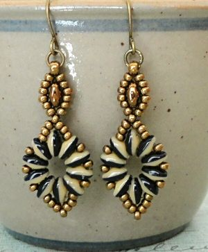 Linda's Crafty Inspirations: Daisy Chain Bracelet & SuperDuo Flower Chain Earrings