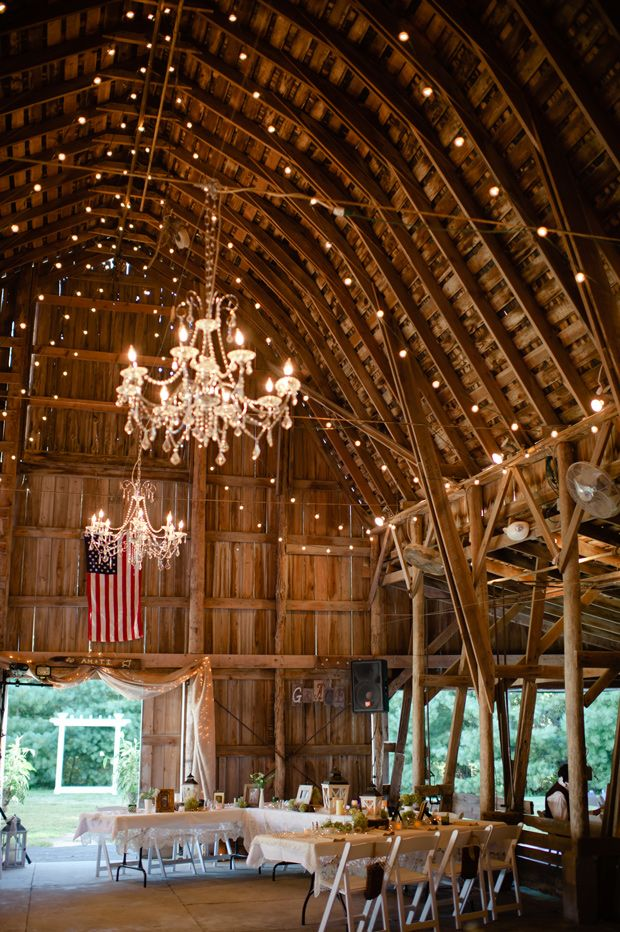 Lied Lodge, Arbor Park in Nebraska City, NE  via Dainty Obsessions #venue #barnwedding