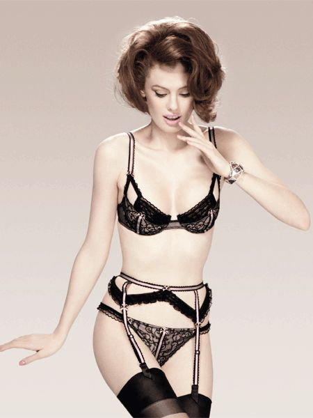 1000 images about lingerie chantal thomass on pinterest french lingerie posts and illusions. Black Bedroom Furniture Sets. Home Design Ideas