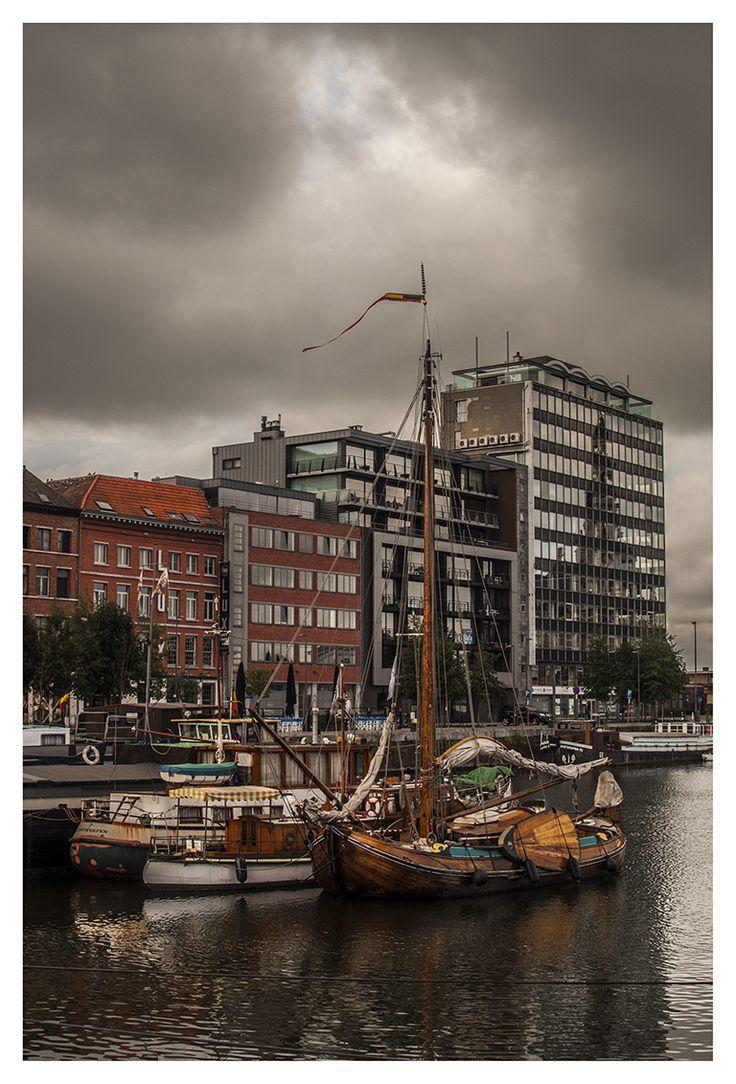 Antwerp, Belgium http://dofotografie.com/dof/fotoshoots/antwerpen.html #antwerp…
