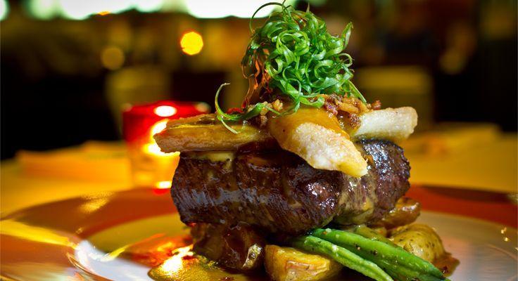 Oba - steak and asparagas.