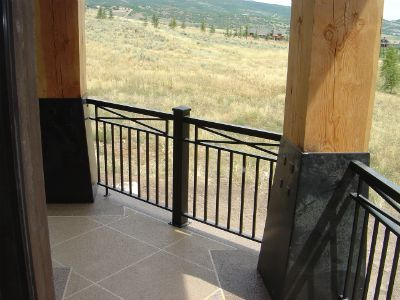 1000 ideas about outdoor railings on pinterest indoor for Inside balcony railing