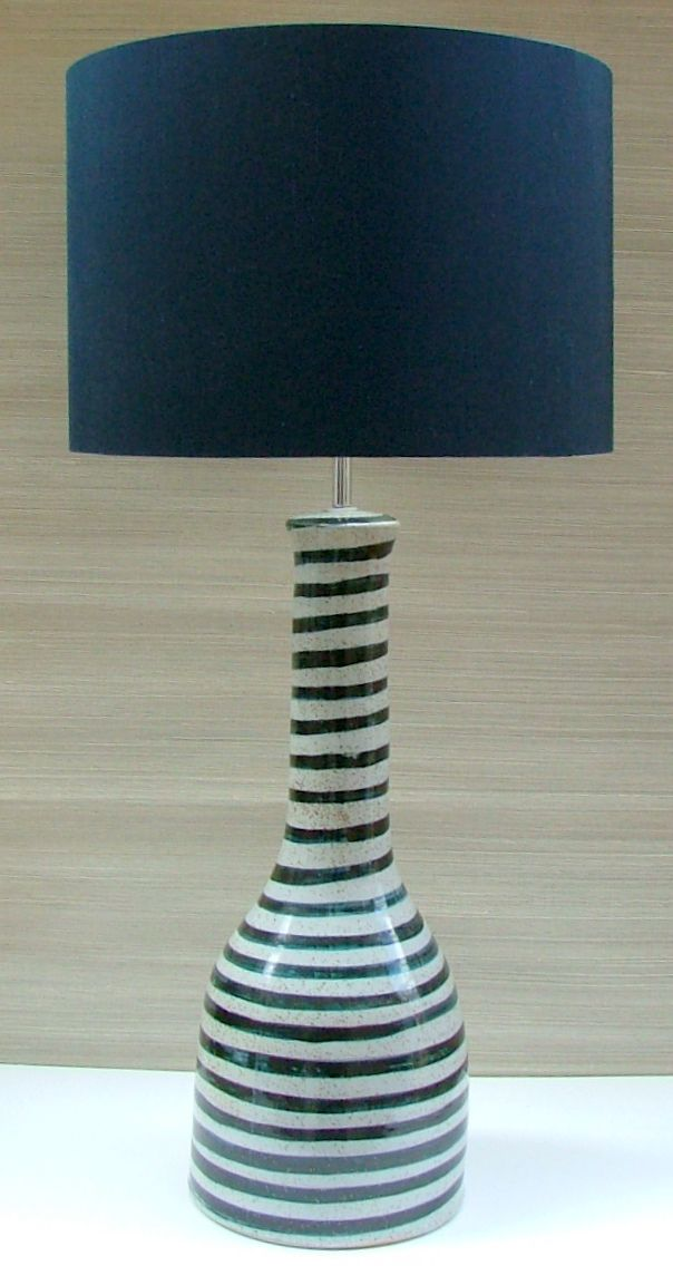 1000 images about blue and white ceramic table lamps on pinterest table lamps soho and hand. Black Bedroom Furniture Sets. Home Design Ideas