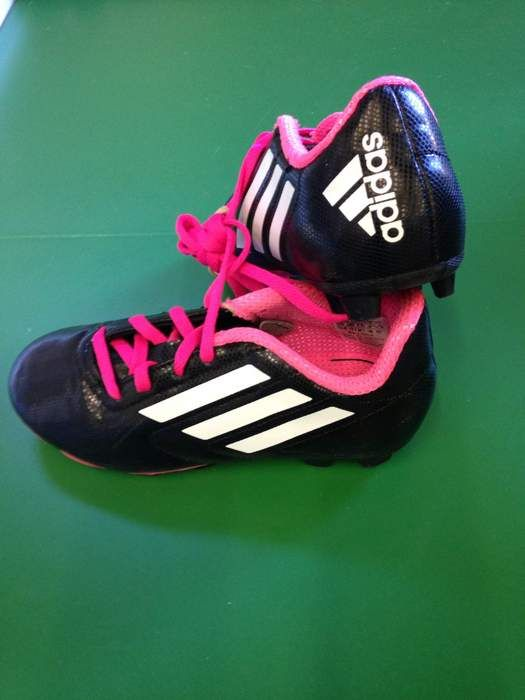 Adidas Pink Soccer Cleats, Size 12.5   Use Code: hikingmomma for 15% discount.  #soccer #pinkcleats #cleats #adidas #springisalmosthere #shippable