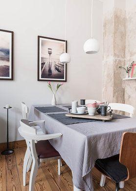 Esszimmer #altbau #frühling #interior #wohnidee #tulpe #decoration #holzdielen #unverputztewand