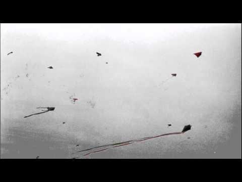 Mikis Theodorakis, Xartaetoi, (translation: kites)