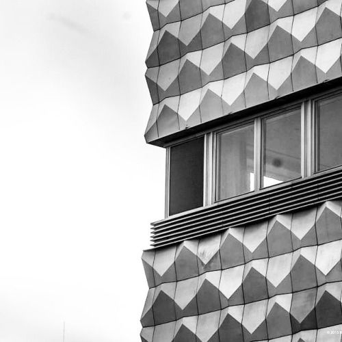 Centrum Warenhaus, Lausitzer Platz, Bautzner Allee, Hoyerswerda-Neustadt, Germany, built in 1965-69. Aluminum elements were designed by Harry Müller. © BACU #socheritage #socialistmodernism