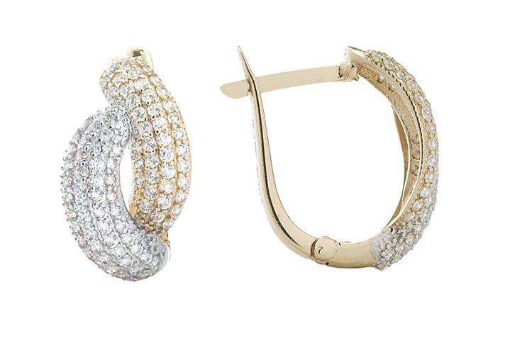 Cercei din aur sau aur alb. Ii gasiti pe http://www.iosabijuterii.ro/bijuterii/?categorie=cercei