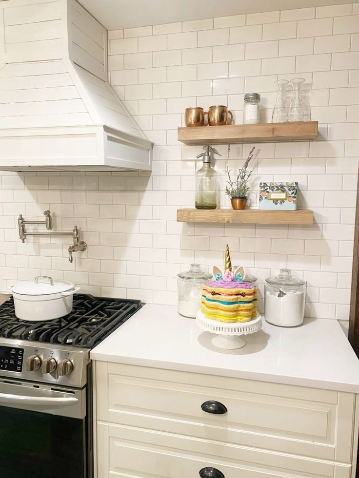 Easy Unicorn Birthday Cake Dreaming Of Homemaking Unicorn Birthday Cake Kitchen Design Kitchen Designs Layout