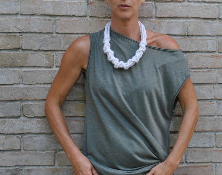 Collana Design Cashmere a maglia e uncinetto di Aliquid gioielli tessili esclusivi fatti a mano in Italia su DaWanda.com