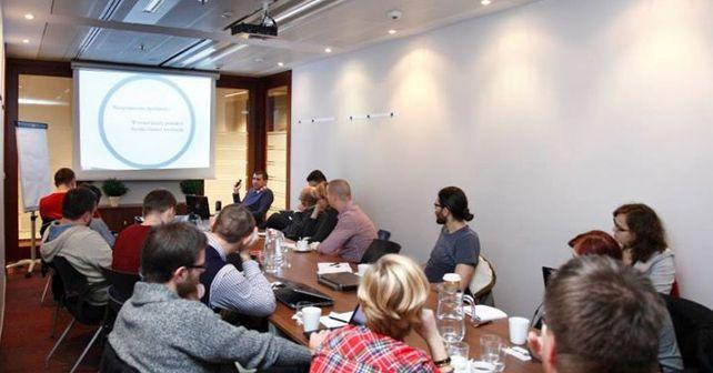 Zobacz czemu warto wybrać się na SearchMarketingWeek.com, cykl szkoleń organizowanych przez MaxROY.com
