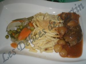 Paupiette de boeuf provençale, gratin de macaroni au parmesan - Recette Ptitchef