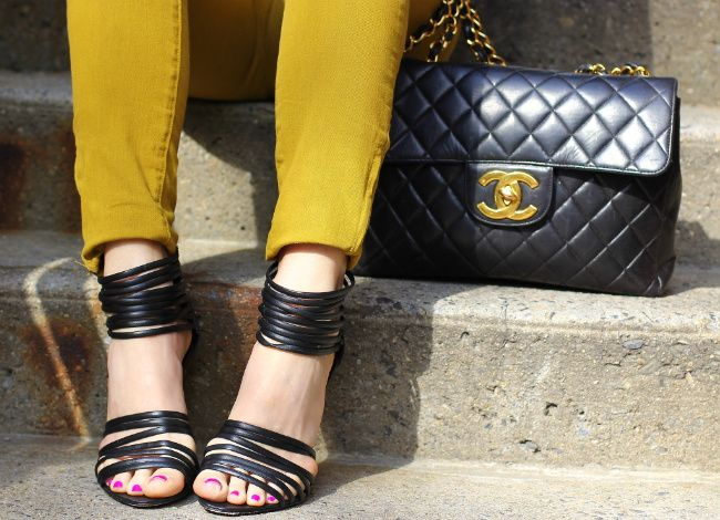 yellow skinniesStrappy, Chanel Handbags, Chanel Bags, Fashion Details, Bags Shoes Accessories, Street Style, Bags Lady, Black, Accessories Shots