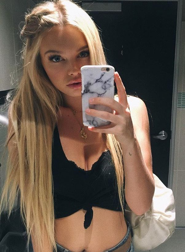 Janae Roberts Blonde Beauty Diy Hairstyles Girl Model
