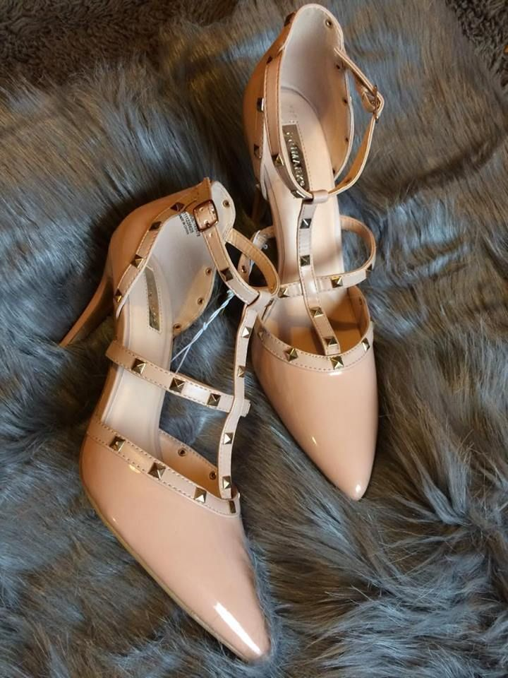 Pin on shoesie shoes