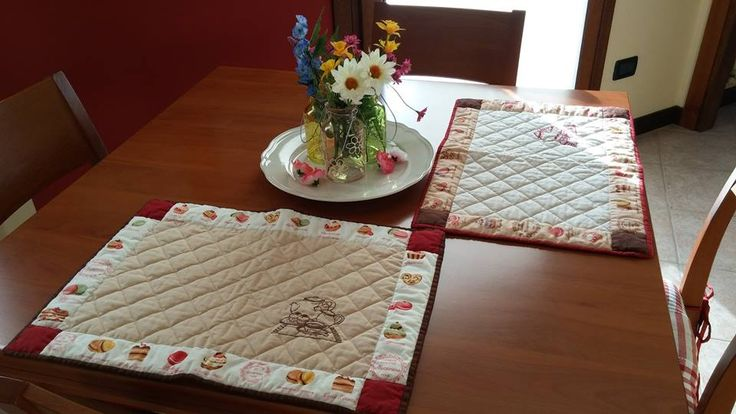 Tovagliette americane realizzate con stoffe Dotty Rose