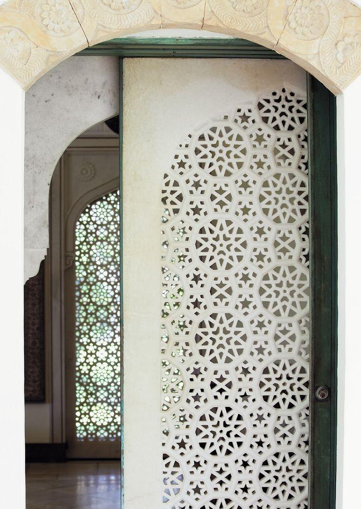 Shangri La: A House in Paradise, Skira Rizzoli, 2012