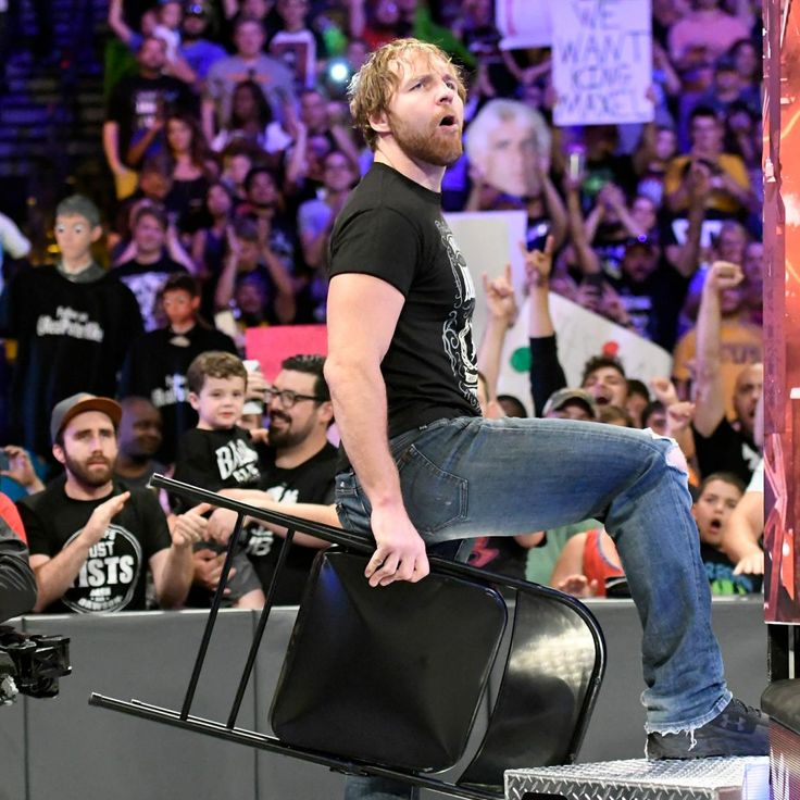 Dean Ambrose rallies the crowd into a frenzy as he kicks off Monday Night Raw.