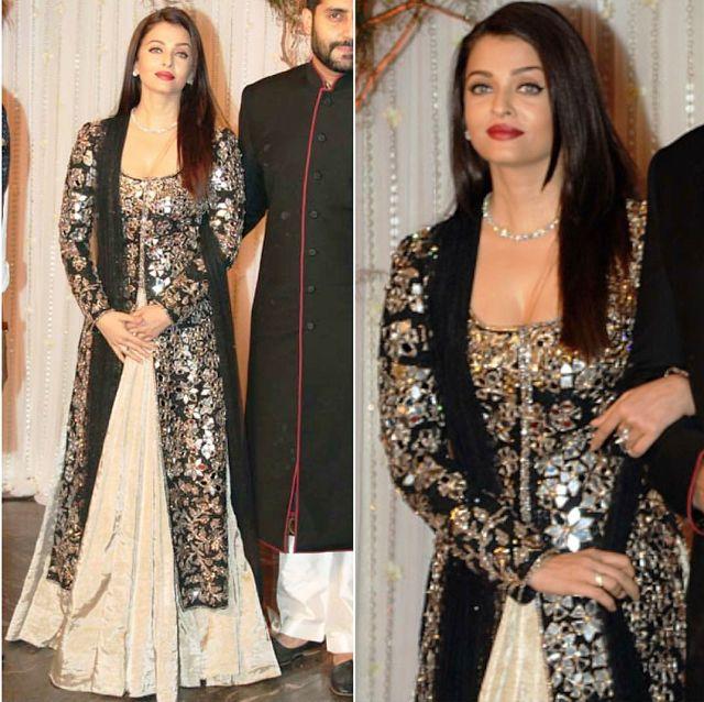 b83216085 Aishwarya Rai Bachchan In A Beautiful Lehenga Is Now At Lady ...