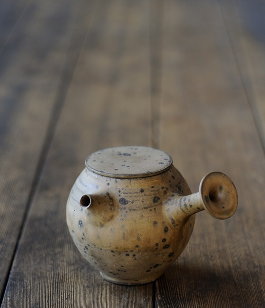 teapot / norikazu oe / analogue life / japanese design & artisan made housewares