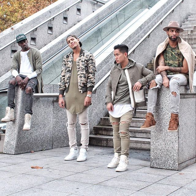 WEBSTA @ jaii_c - My Family ! Wearing Camo fit with my blood @stephanethakid @abdelpom @oualychmps @champaris75 #champaris #champaris75