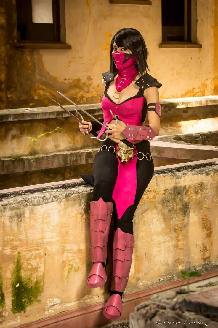 Mileena - Roxy Maggotbone Mileena Cosplay Photo - WorldCosplay