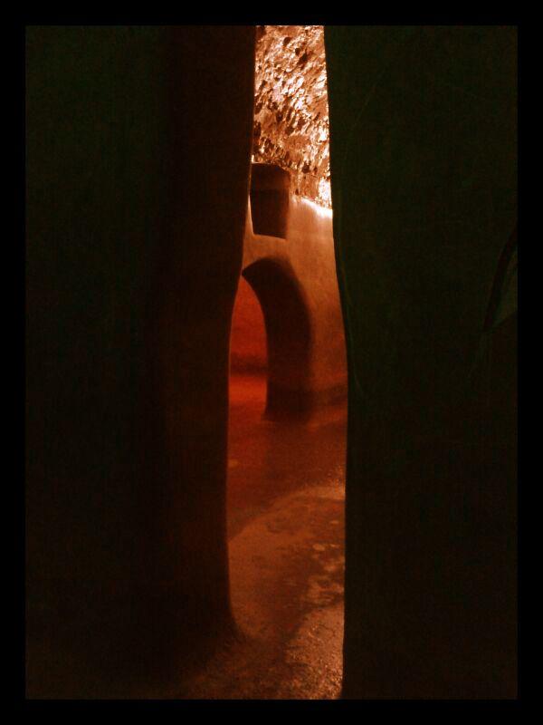 Fermo Cisterne romane Eventi TAU 2014 ARISTOFANISSIMO! POETI GIUDICI PUTTANE DELLA COMMEDIA GRECA ENZO CURCURÙ 18.07.2014 AperiTAU h 20.30 visita alle Cisterne Romane calice di vino a cura di Nunzio Giustozzi [archeologo e storico dell'arte] http://www.marchespettacolo.it/events/aristofanissimo-poeti-giudici-puttane-della-commedia-greca