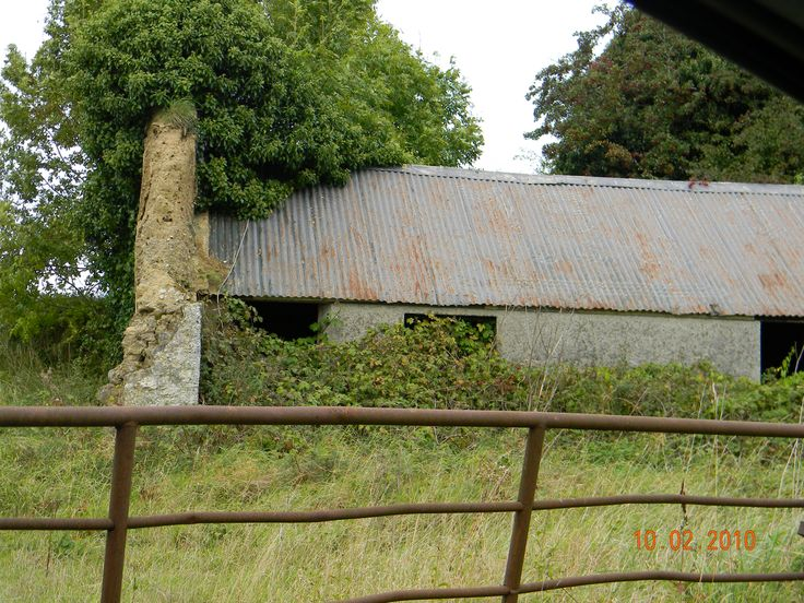 Derelict farmers shed, Coolronan, Co. Meath