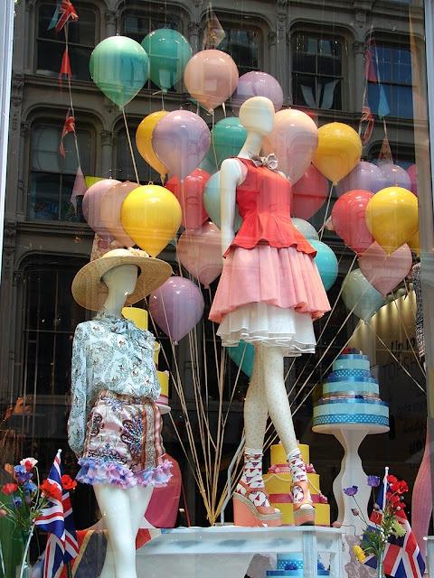 """Topshop """"Queen's Jubilee"""" Window Displays.  Love the balloons! CONTRASTE"""
