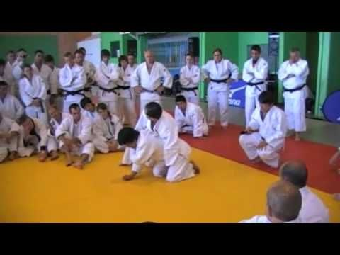 #Kashiwazaki sensei showing how to counter ukes standup techniques #Judo