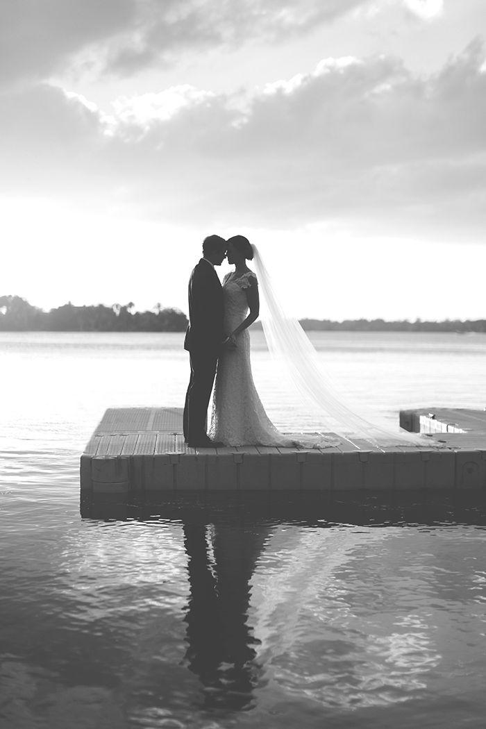 klassische Winter Park Racket Club elegante Florida Hochzeit langen Schleier Sonnenuntergang …