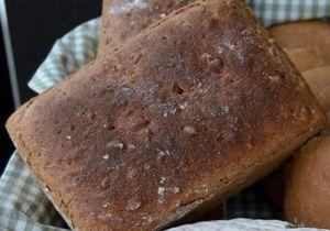 Enkornbrød fra Skog bakerverksted