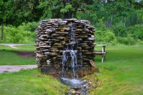 Foraje puturi apa - apa izvor